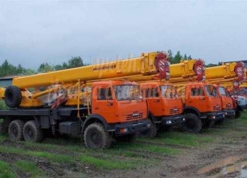 """Автокран КС 45717 """"Ивановец""""  25 тонн, 21 метр"""